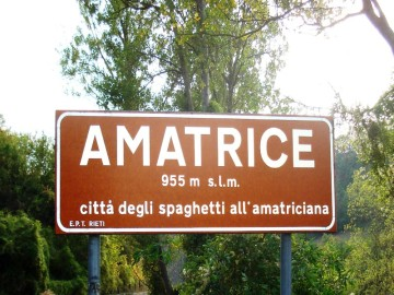 Web_Cartello_ingresso_citta_di_amatrice